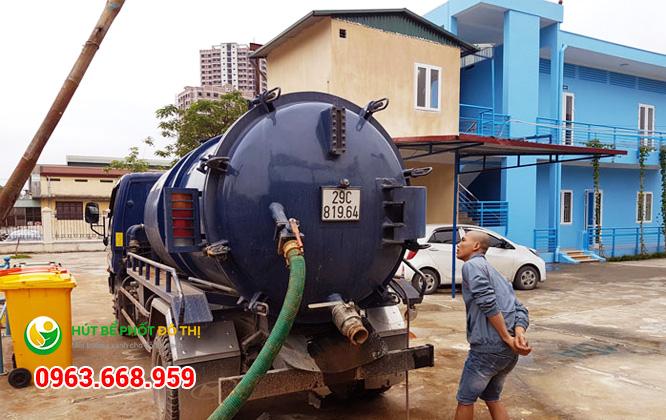Dễ dàng đặt dịch vụ hút bể phốt tại Biên Giang