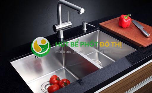 Nên chọn nước thông cống hóa học hay vi sinh